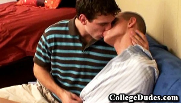 Watch 2 Cute Guys Loving The Kiss With Each Other (College Dudes) CollegeDudes.com Porn Tube Videos Gifs And Free XXX HD Sex Movies Photos Online